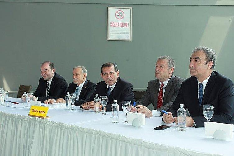 Galatasaray'da 2 imza, 1 ayrılık