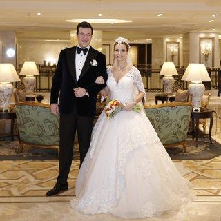 Azade Balkaner de 'önce bebek sonra nikah' modasına uydu