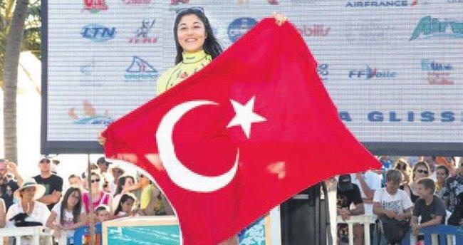 Fulya Ünlü art arda 4'üncü kez şampiyon