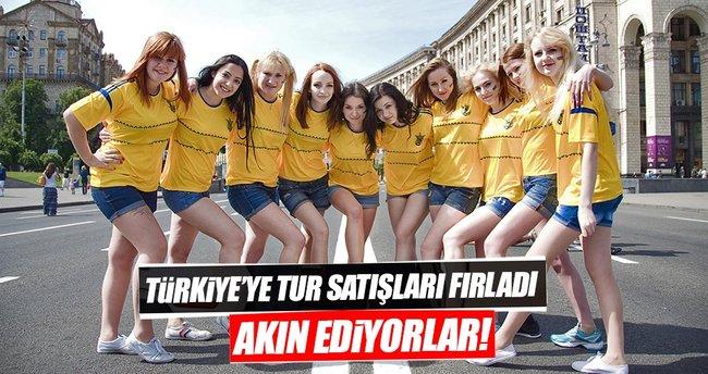 Ukrayna'da Türkiye'ye tur satışları fırladı, iç turizm yara aldı