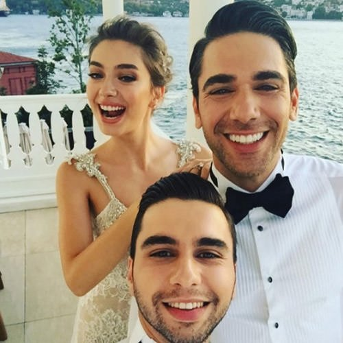 Neslihan Atagül ile Kadir Doğulu'nun düğünü dedikodu kazanını kaynattı