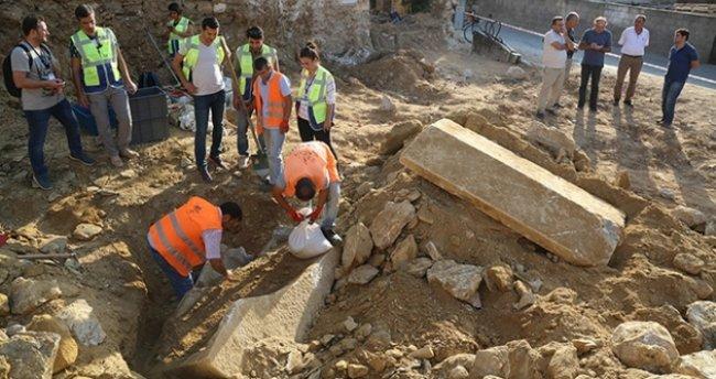 Muğla'da inşaat kazısında tarihi mezar bulundu