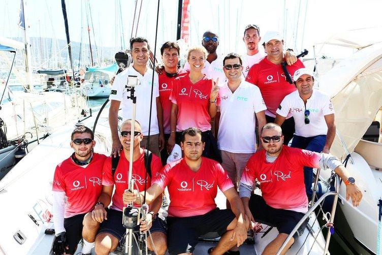 Vodafone RED Famous Cup'ta ünlüler yelken yaptı