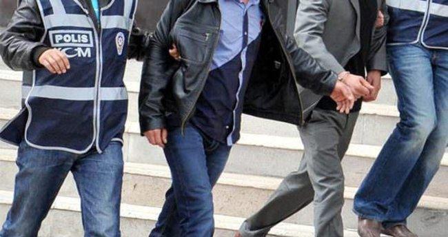 Afyonkarahisar'da adliyeye sevk edilen 18 öğretmen tutuklandı