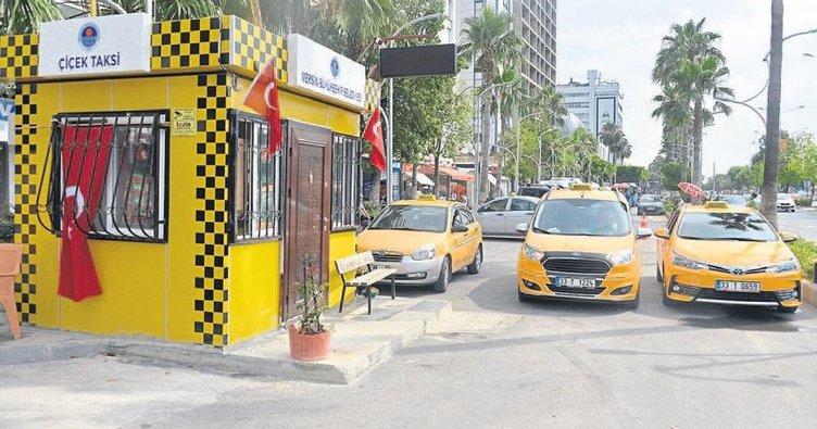 Taksi durakları modernleşiyor