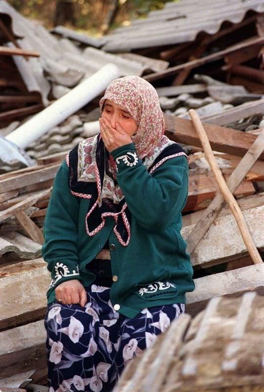 Düzce depreminin acısı hala taze
