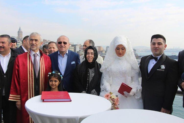 Haliç Metro İstasyonu'nda ilk nikah