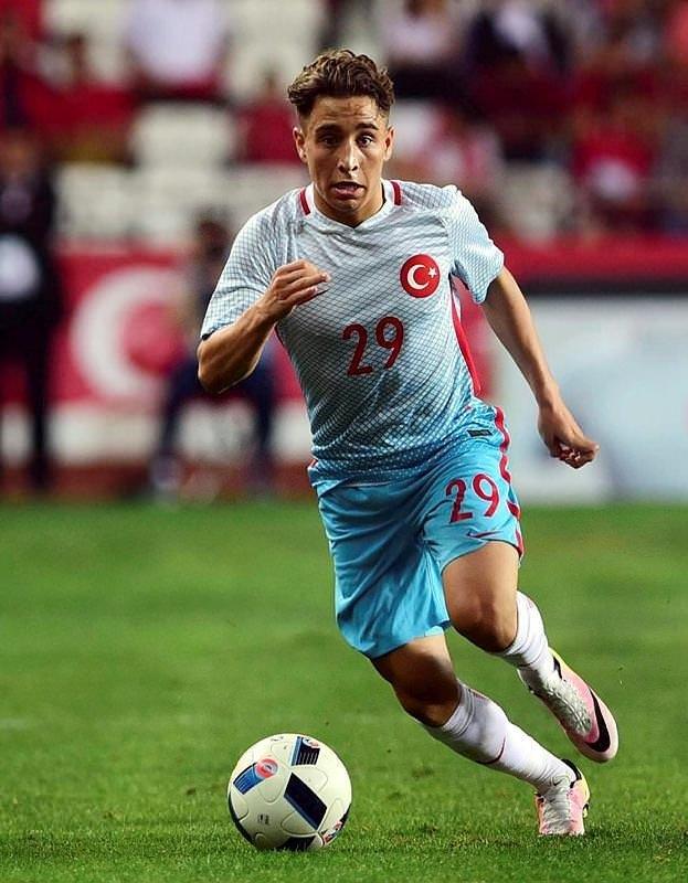 Emre Mor: Fenerbahçe ve Beşiktaş'tan...