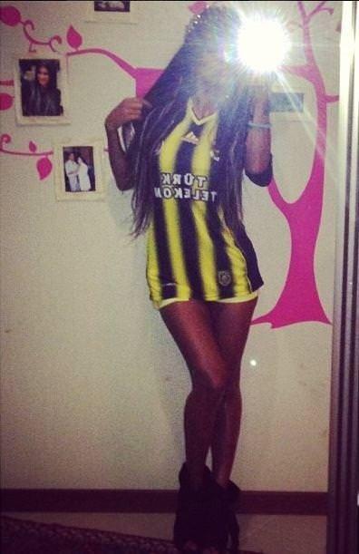 Hem Efes kızı hem fanatik Fenerbahçeli