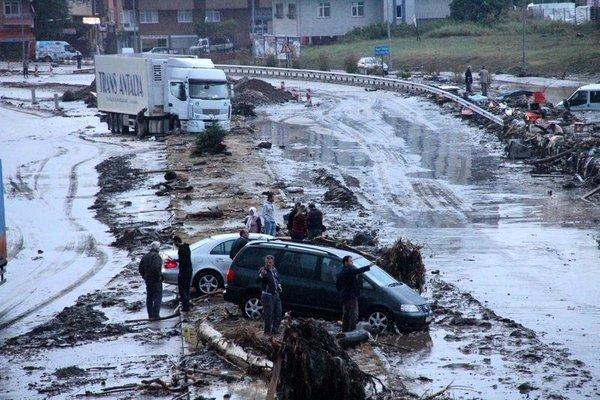 Samsun'da sel faciası
