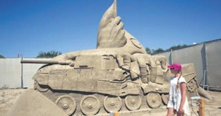 250 ton kumla '15 Temmuz' heykeli