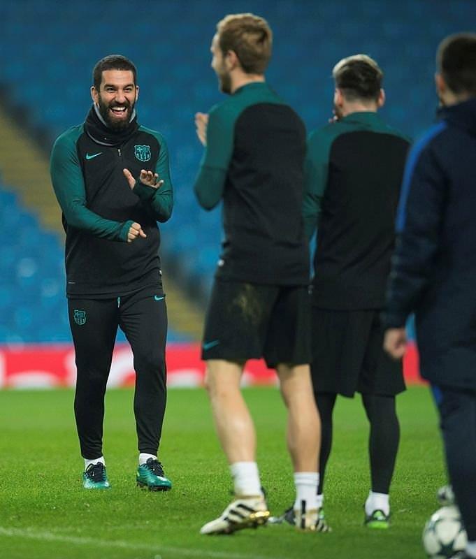 Barcelona forması giyen Arda Turan için şok iddia!