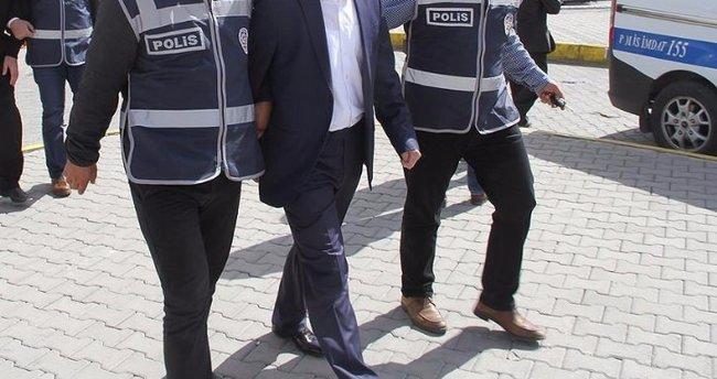 İzmir merkezli 7 ilde FETÖ operasyonu