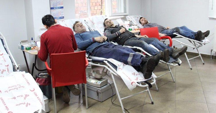 İşçilerden kan bağışı