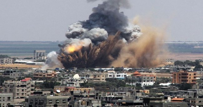 İsrail Gazze'de bir gözlem kulesini vurdu