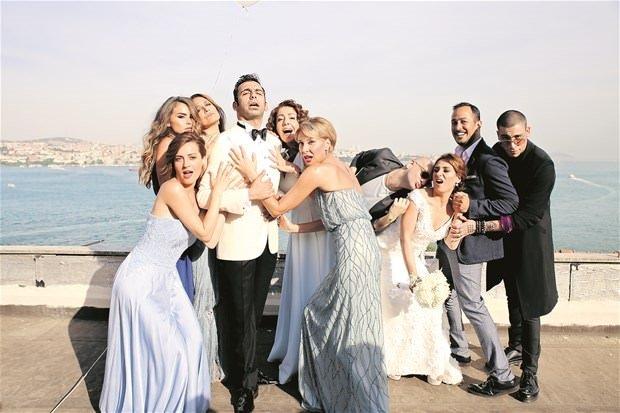 Ünlüler bu düğüne akın etti!