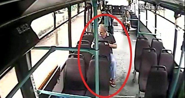 Halk otobüsünde şoke eden olay