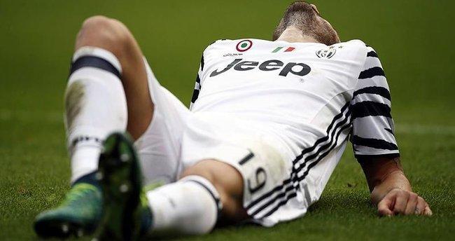 Dani Alves'ten sonra Juventus'a bir şok daha