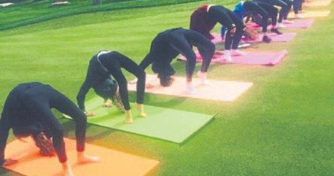 Öğrenciler yoga-mandala yapmanın keyfini çıkardı