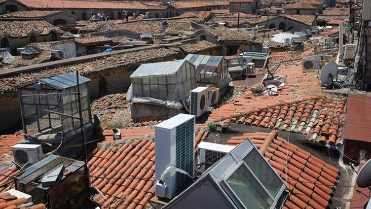 Kapalıçarşı'da restorasyon çatıdan başlayacak