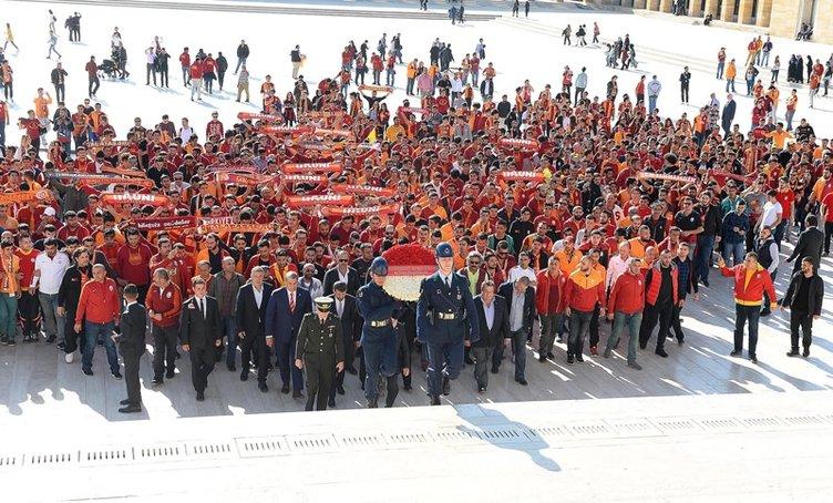 Galatasaraylı yöneticiler Anıtkabir'i ziyaret etti