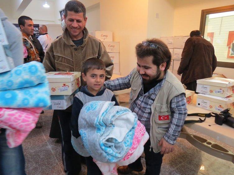 Lübnan'daki Suriyeli ve Filistinli mültecilere insani yardım