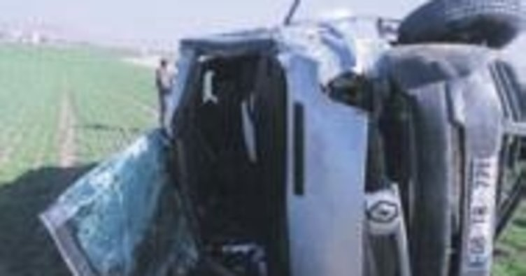 Minibüs devrildi: 1 ölü, 4 yaralı
