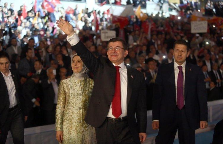 AK Parti adayları tanıtıyor