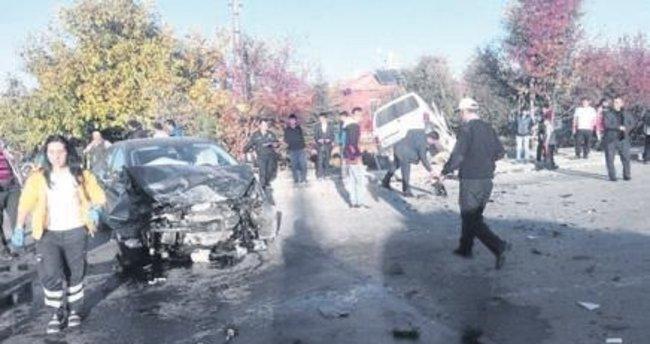 Çubuk'ta trafik kazası: 5 yaralı