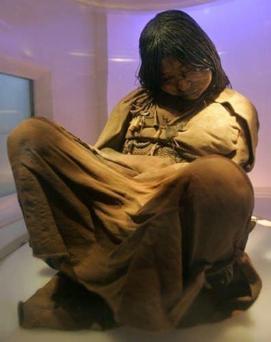 500 yaşındaki kız