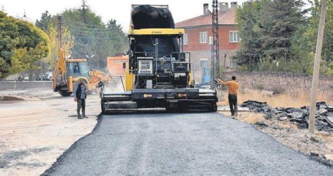 Belediye Himmetdede'nin yollarını asfaltladı