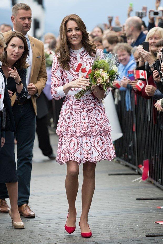 Prenses kate'in 15 bin liralık elbisesi!
