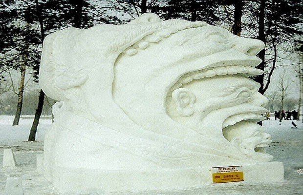 Kar ve buzdan yapılan o muhteşem heykeller