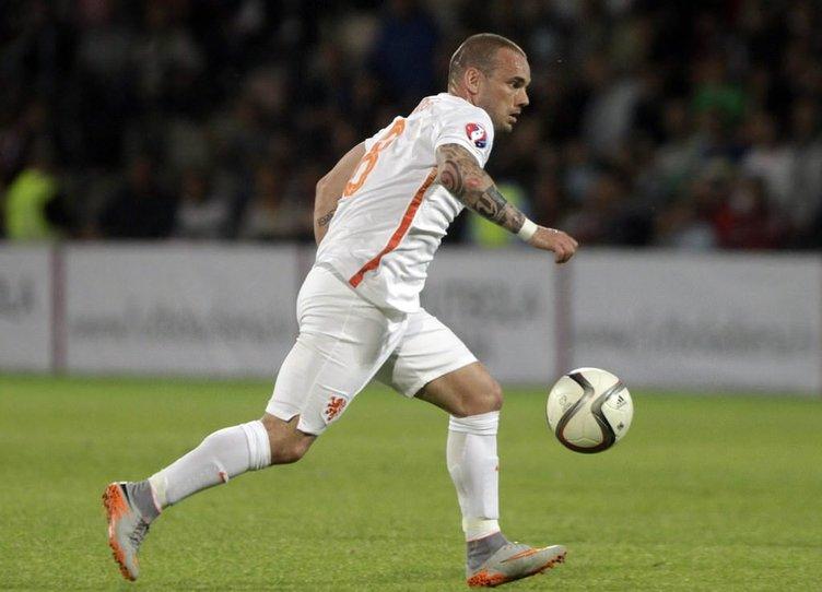 Sneijder'e yönetimden şok yanıt