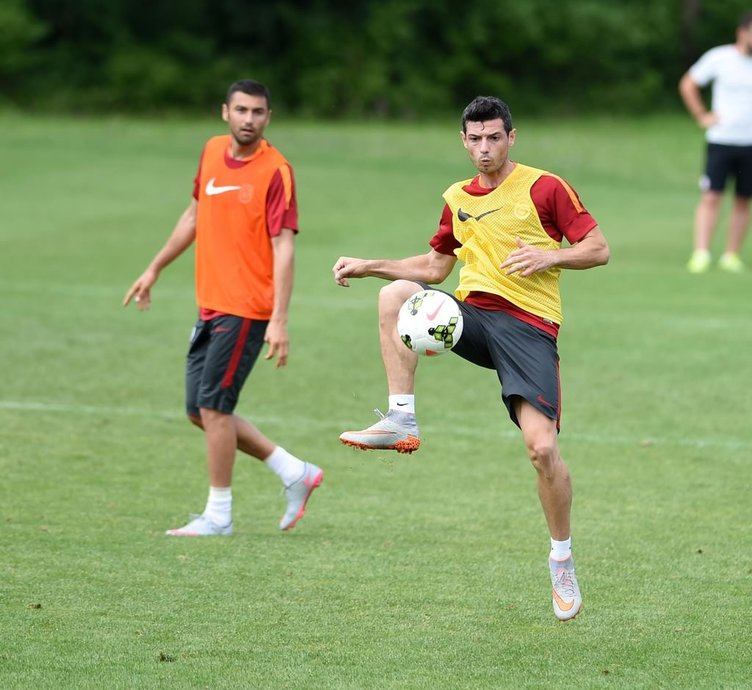 Galatasaray'da beklenen ayrılık