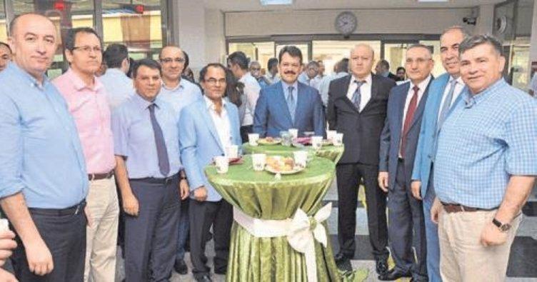 Adana Adliyesi'nde bayramlaşma töreni