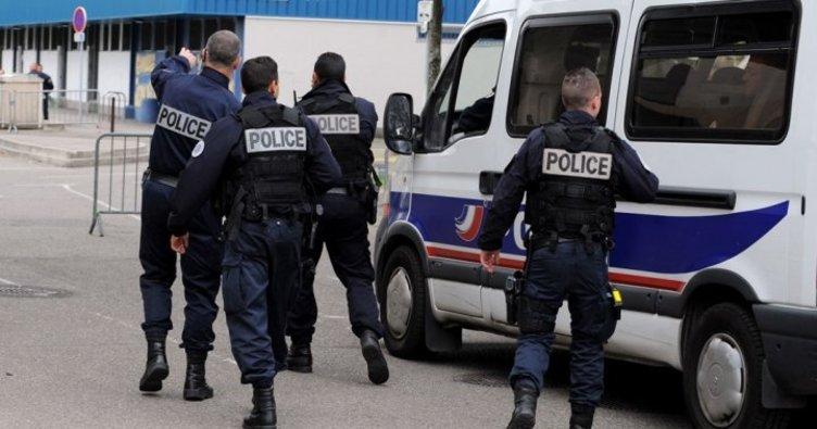 Son dakika: Fransa'da bomba paniği! Yollar kapatıldı!