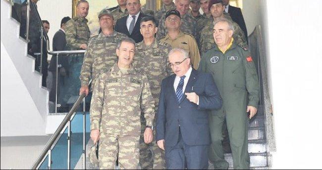 Komutanlar, Şanlıurfa'da