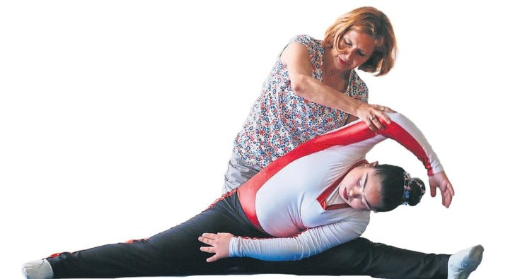 Down sendromlu Ece'nin hayatı cimnastikle değişti
