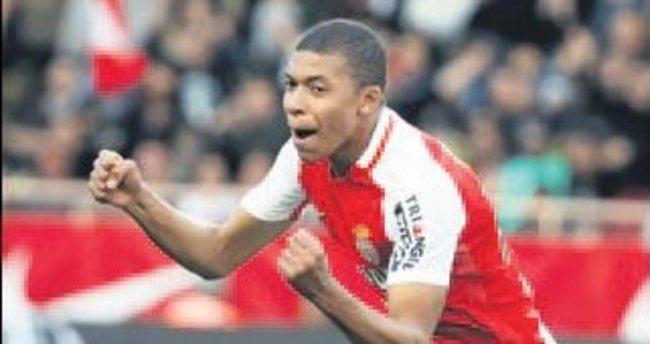 Monaco'nun 18'lik kahramanı Mbappe'ye milli takım müjdesi