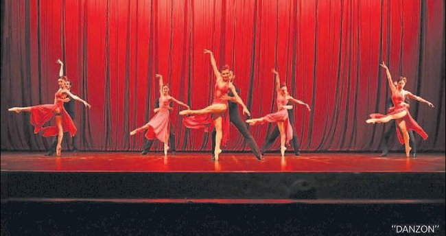 Üç Renk balesi yeniden sahnede