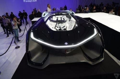 1000 beygirlik elektrikli otomobil!