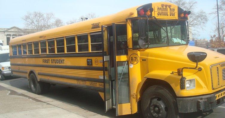 Güney Afrika'da öğrenci otobüsü kazası: 17 çocuk öldü