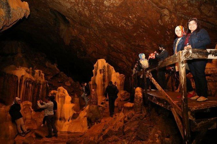 Çımağıl Mağarası