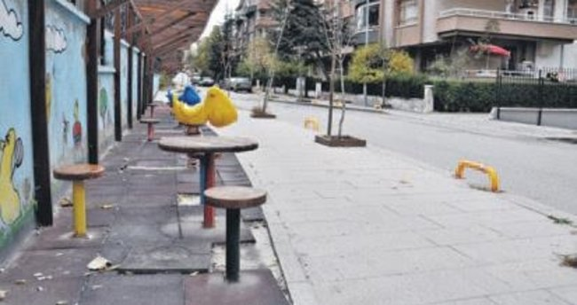 Oyun sokağını iptal etti