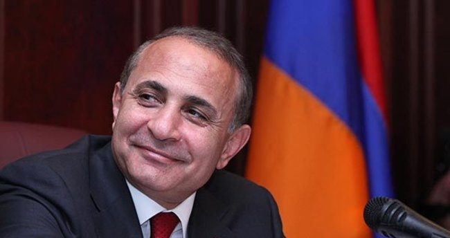 Ermenistan Başbakanı istifasını sundu