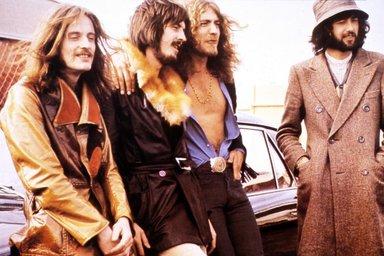 Led Zeppelin hâkim karşısında
