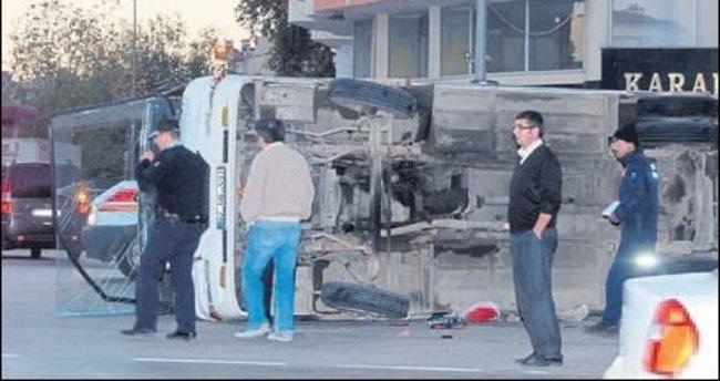Serik'teki kazada üç kişi yaralandı