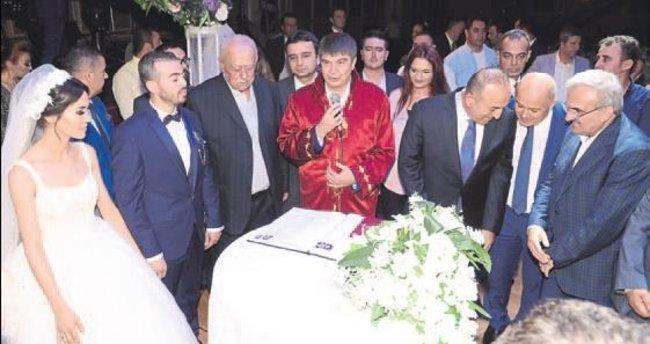 Protokol düğünde