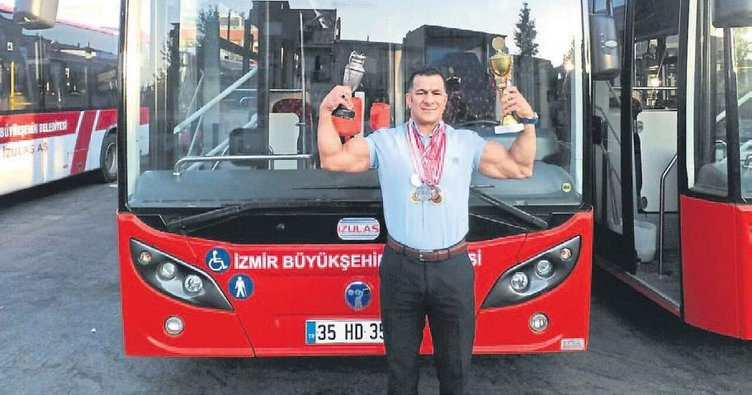 İzmirli şampiyon şoför